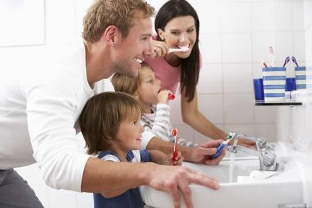 flúor cepillo pasta dientes